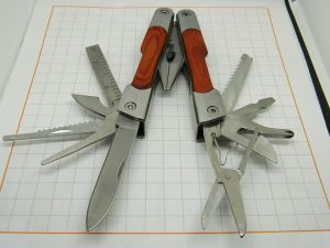 Multitool 11 functions