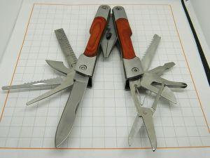 Utensile multiuso in acciaio 11 funzioni pieghevole con astuccio da cinta