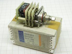 Commutatore 100ohm 0,25% n.9 resistenze di precisione montate su commutatore SIEMENS 4posizioni 3vie