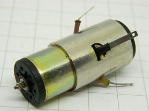 Faulhaber 1841E012S motore 12vcc con dinamo tachimetrica mm. 42x18x15,8