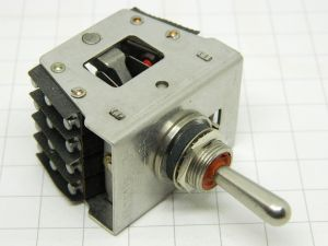 MICRO SWITCH 22AT1-T  ON-OFF-ON  4SPDT  momentary