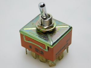 Toggle switch  MATSUSHITA T415N-A  4SPDT  ON-ON