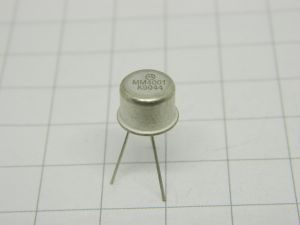 MM4001 transistor Motorola  TO5