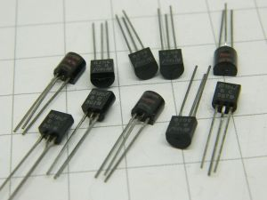 BC307B transistor (n.10 pezzi)