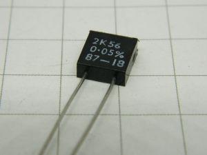 2,56Kohm 0,05%  0.5W  Welwyn 4802  resistenza di precisione