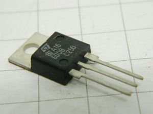BTA16-600B  triac 600V 15A  TO220