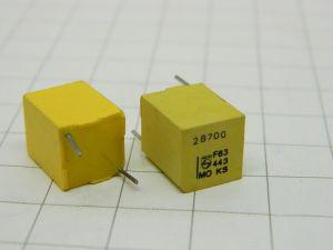 28700pF 63V 1%  capacitor PHILIPS KS Stiroflex  (n.2pcs.)