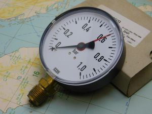 "Manometro WIKA 111.10.100   1bar  diam. 100   4"" gauge"