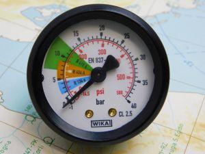 Gauge  WIKA EN837-1  40BAR 580PSI  ISO5171   mm. 49