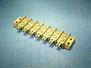 Morsettiera 7 posti norme MIL, passo mm. 14
